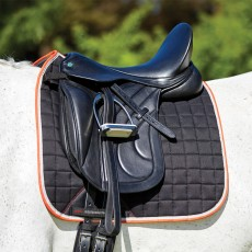Weatherbeeta Therapy-Tec Dressage Saddle Pad (Black/Silver/Red)