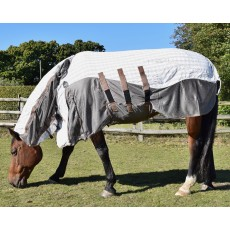 Mark Todd Air Mesh Combo Rug (White, Blue & Tan)
