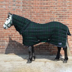 Masta Quiltmasta 200g Fixed Neck Stable Rug (Navy Check)