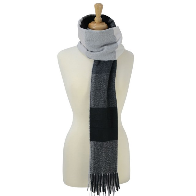 Cumbria Soft Touch Scarf (Black and Grey)
