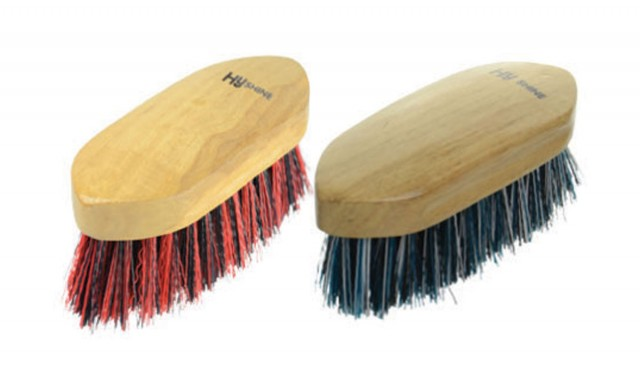 HySHINE Natural Wooden Dandy Brush Small