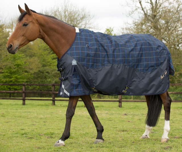 Mark Todd Lightweight Turnout Rug Plaid Navy Beige Royal